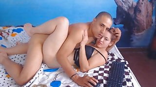 Horny Chick Craves for a Hard Fucking