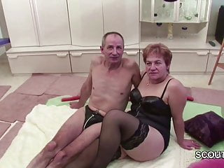 Granny porno tv - German granny and grandpa in porno casting for money