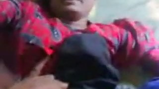 desi village randi girl with a clean pussy has sex