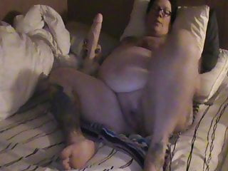 Pregnant asshole stuffed - Solo pregnant pussy stuffing