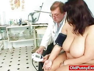 Gay physicians Melon size tits at gyno physician clinic