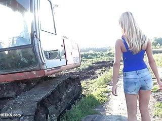 Vintage tractor breakers - Victoria puppy - tractor czechcheeks.com