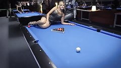 So sexy legs - Lets play pool