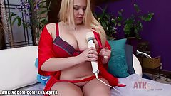Tatyana Lewis with the hitachi wand