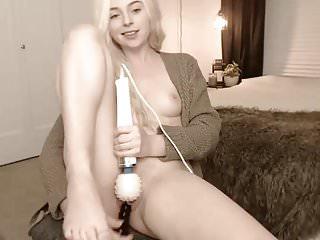 Dogfucked slut cum knot - American cam-slut cum-show