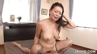Mature Rei Kitajima endures young cock in her