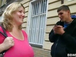 Fuck mu I seduced a burglar with mu huge boobs