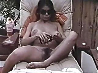 Gordon nackt Molly  Molly Gordon