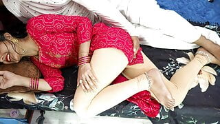 Indian couple has sex with real Hindi audio in doggystyle – HD