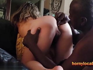Homemade anal sextoy Sticking up a sextoy in her tight white butt