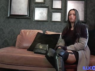 Amelie hairy naked Amelie little bourgeois who loves anal