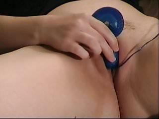Tantra sex photos - Jeune amatrice soumise sexe semi epile photo et baisee