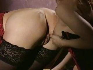 Mayanti langer naked - Langer schwanz und lange nippel