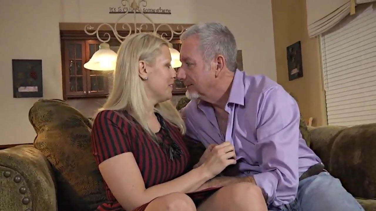 Mature Couple Fuck Teen