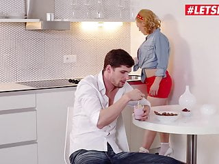 Busty pinup retro Letsdoeit - hot sex in the kitchen with czech pinup babe
