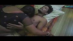 Maa aur Beti Dono ko pel gaya ek londa web serial