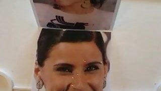 Nelly Furtado-cumshot