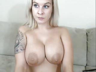 Megans boobs - Megan and her big boobs