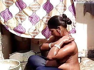 Indian village boobs Pregnant desi indian village girl bathing outdoor