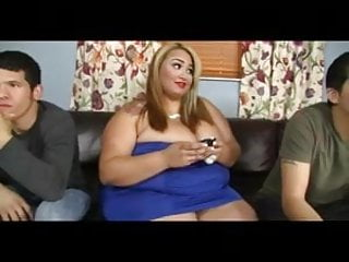 Nude football stars Ebony ssbbw heat up the football match