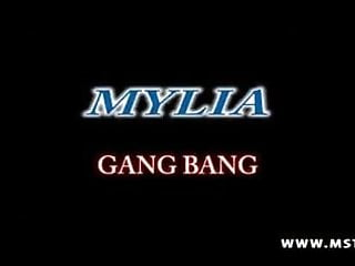 Petunia pickle bottom bordeaux boxy - Mylia salope de bordeaux aux gros seins son gang bang