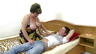 Tender mature mother wakes up not her stepson