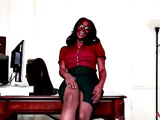 Busty Ebony Milf Brooke Carter On Allover