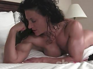 Naked lisa welch - Naked female bodybuilder miss lisa posing