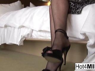 Sexy karen brady - Super sexy karen kougar gets a cock in her ass