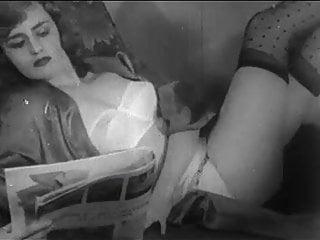 Women sex fighting Women fighting in the 50s