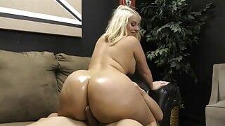 Fat Ass Julie Cash Gives Slave Butt Job with Cum