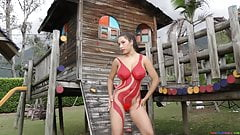 Luciana Sexy Red Paint