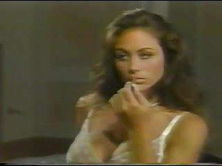 Chasey lain fucked in group sex 77