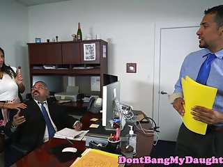Video of xxx in office Daddys girl blowing coworkers cock in office