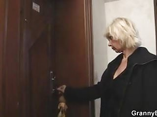 Addicted help sex woman - He helps old mature blonde woman