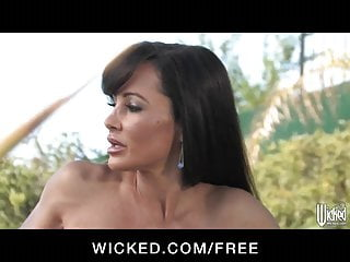 Brazzers lisa ann sex video - Wicked presents big-tit milf pornstar lisa ann