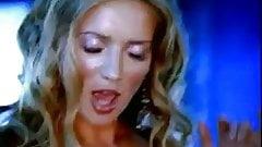 Julia Kova - Crush (Sexy music viseo)