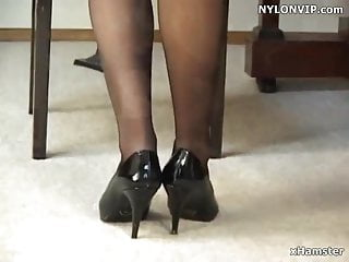 Legs pantyhose nylons - Pantyhose covered nylon stockings legs