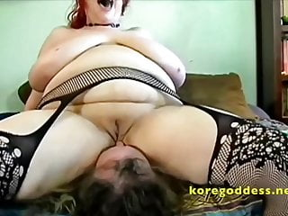 Pussy sitter Massive saggy tits face sitter gets her pussy coated