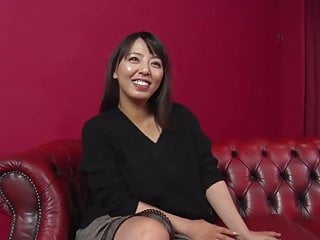 Eel insertion fetish clips Ryoko murakami :: frightened show with abrupt inserting 2