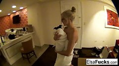 Teen Elsa Jean shows off her hotel room and her pussy