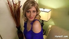 geiles Stiefmutterspiel mit Schwanz