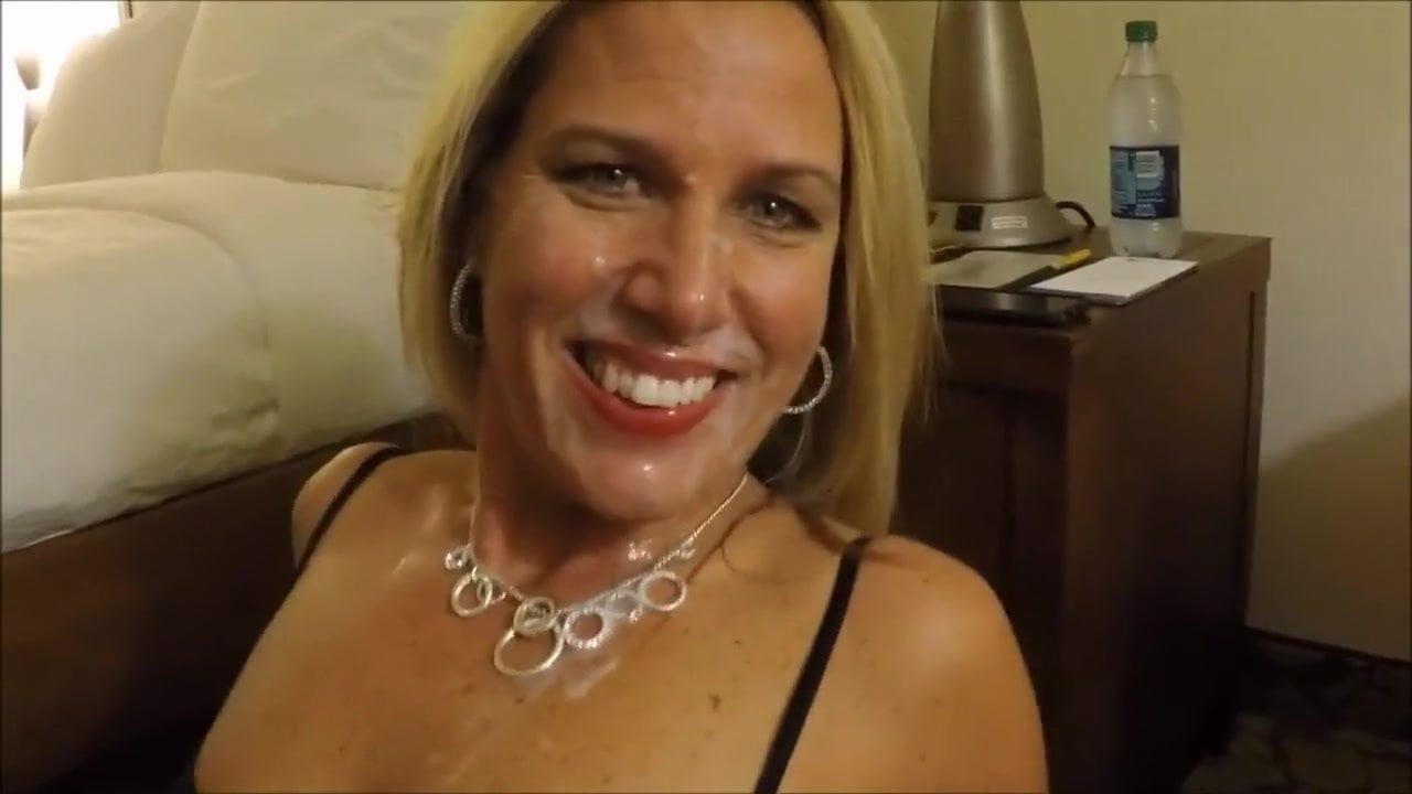 Cheating Blonde Wife Creampie