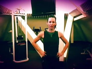 Amateur allure evangeline - Evangeline lilly workout arms