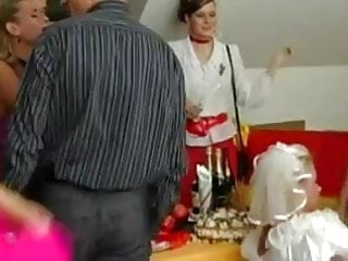 Transvestite bridal 2008 jelsoft enterprises ltd Bridal bang