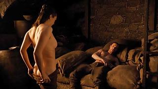 Maisie Williams Naked Sex Scene from 'GoT'
