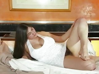 Fuck until cum - Bbw with hairy pussy fucking herself until she cums hard