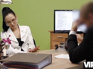 How to buy a fake pussy Vip4k. brunette babe elis dark gives pussy to agent to buy