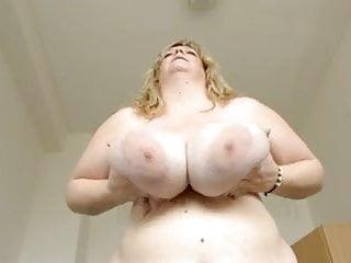 Swing nude boobs clips - Debbie - swinging big boobs