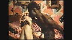 interracial sex with big black cock (Gran polla negra y cum)